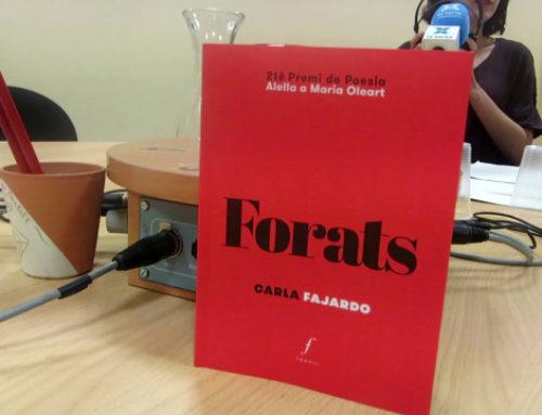 """El poemari 'Forats' al programa """"Aparador de poesia"""" de Ràdio SantVi"""